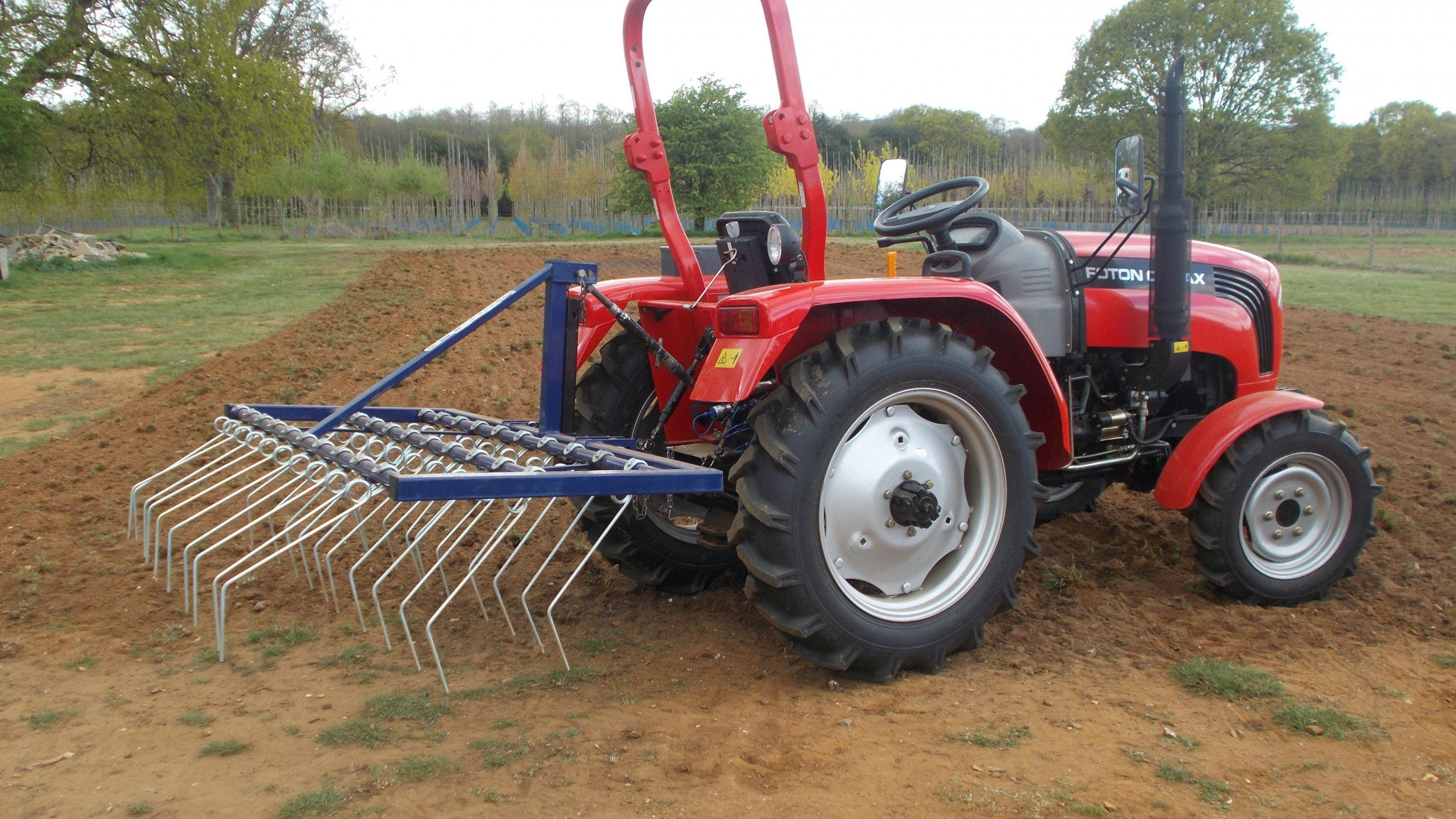 WeederTinesGrassRe seeding